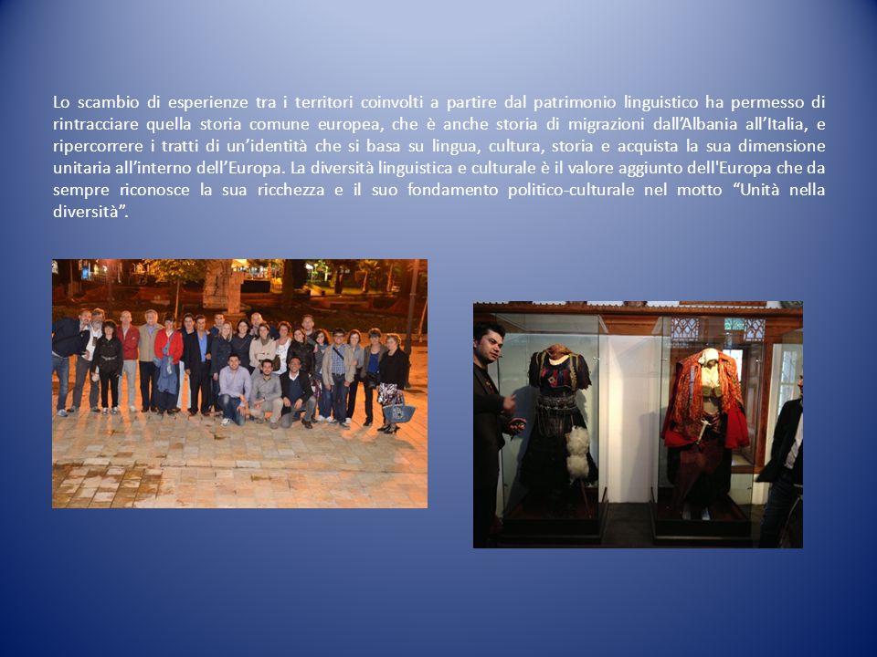 LA TERZA TAPPA DI EURONETLANG: IL COMUNE DI POMARETTO dal 24 al 27 ottobre 2013 Lingue minoritarie e invecchiamento attivo In relazione agli obiettivi dell'Anno europeo dell'invecchiamento attivo e della solidarietà tra generazioni 2012 sono stati presentati progetti di ricerca e iniziative comuni fra giovani e anziani, tenendo conto dell'importante contributo che le vecchie generazioni possono offrire ai fini della tutela e della promozione della cultura e della lingua minoritaria, in quanto spesso unici, autorevoli e più autentici portatori della memoria storica.