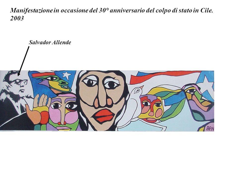 Manifestazione in occasione del 30° anniversario del colpo di stato in Cile.
