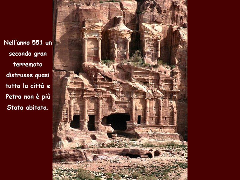 Nell'anno 551 un secondo gran. terremoto. distrusse quasi.