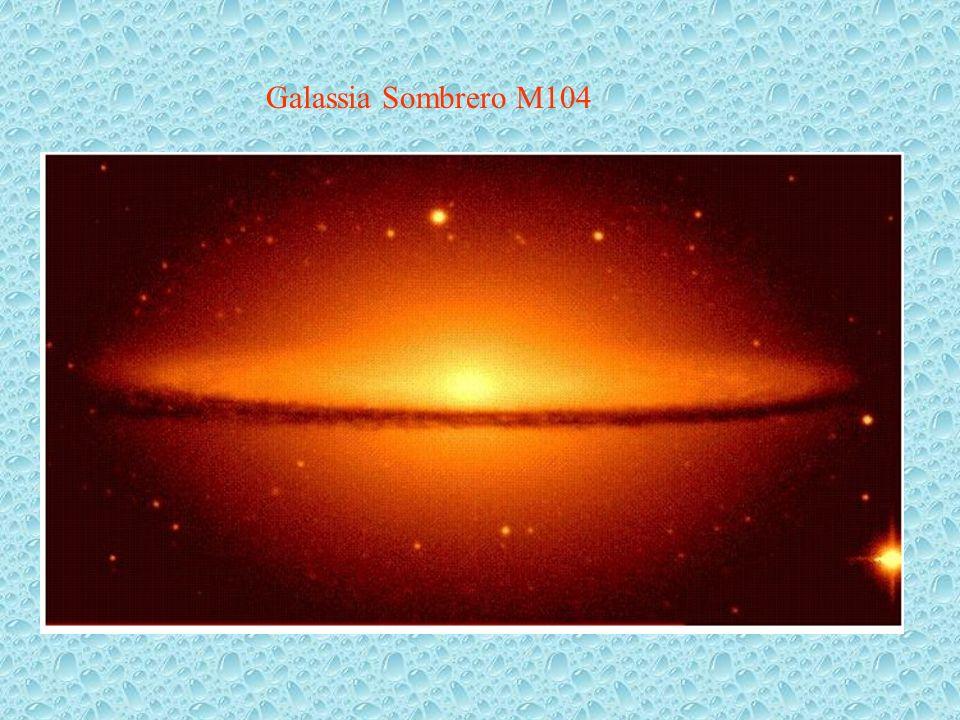 Galassia Sombrero M104