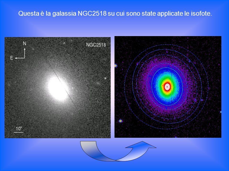 Questa è la galassia NGC2518 su cui sono state applicate le isofote.