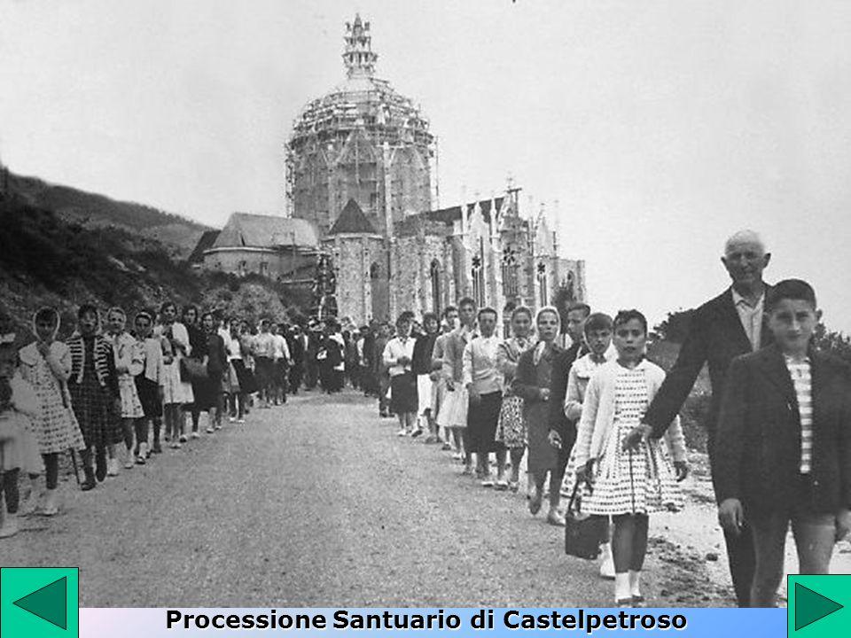 Processione Santuario di Castelpetroso