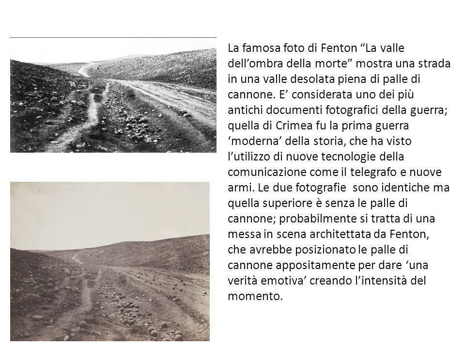 La famosa foto di Fenton La valle dell'ombra della morte mostra una strada in una valle desolata piena di palle di cannone.