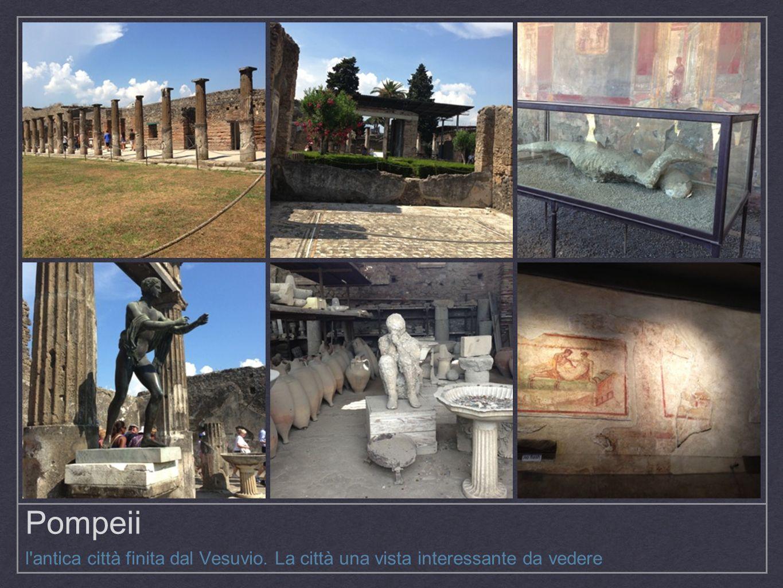 Pompeii l antica città finita dal Vesuvio. La città una vista interessante da vedere