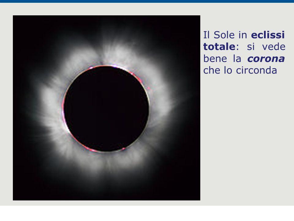 Il Sole in eclissi totale: si vede bene la corona che lo circonda