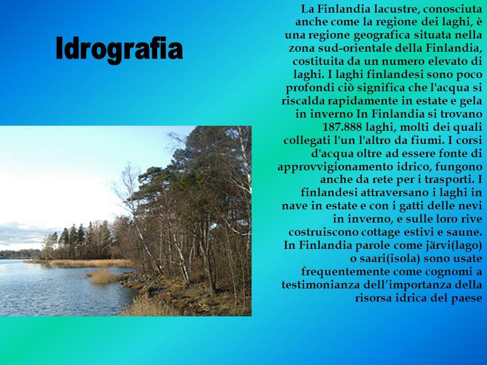 La Finlandia lacustre, conosciuta anche come la regione dei laghi, è una regione geografica situata nella zona sud-orientale della Finlandia, costituita da un numero elevato di laghi. I laghi finlandesi sono poco profondi ciò significa che l acqua si riscalda rapidamente in estate e gela in inverno In Finlandia si trovano 187.888 laghi, molti dei quali collegati l un l altro da fiumi. I corsi d acqua oltre ad essere fonte di approvvigionamento idrico, fungono anche da rete per i trasporti. I finlandesi attraversano i laghi in nave in estate e con i gatti delle nevi in inverno, e sulle loro rive costruiscono cottage estivi e saune. In Finlandia parole come järvi(lago) o saari(isola) sono usate frequentemente come cognomi a testimonianza dell'importanza della risorsa idrica del paese