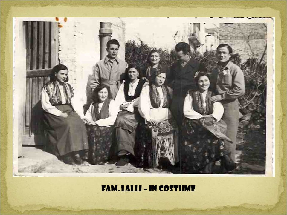 Fam. Lalli – in costume