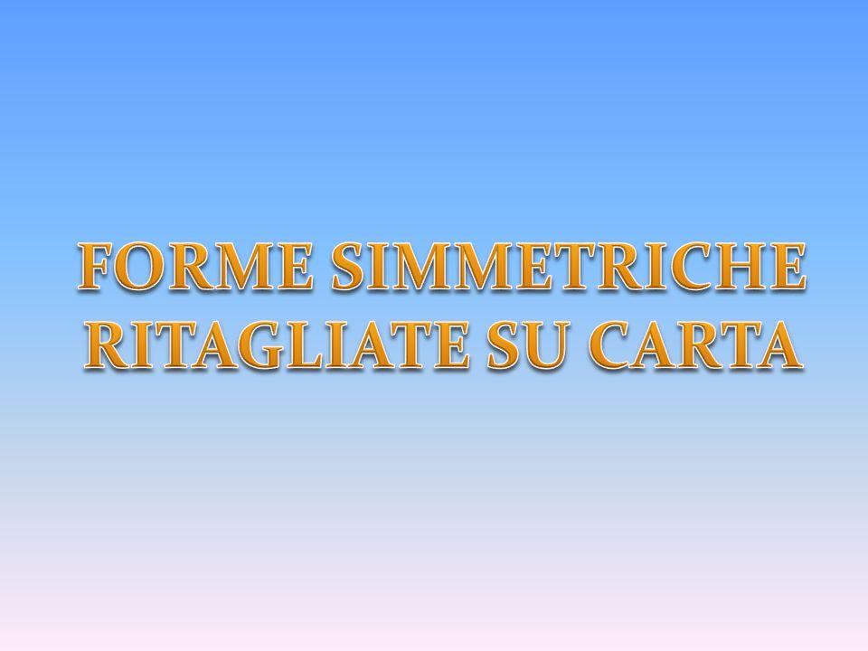 FORME SIMMETRICHE RITAGLIATE SU CARTA
