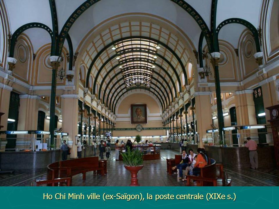 Ho Chi Minh ville (ex-Saïgon), la poste centrale (XIXe s.)