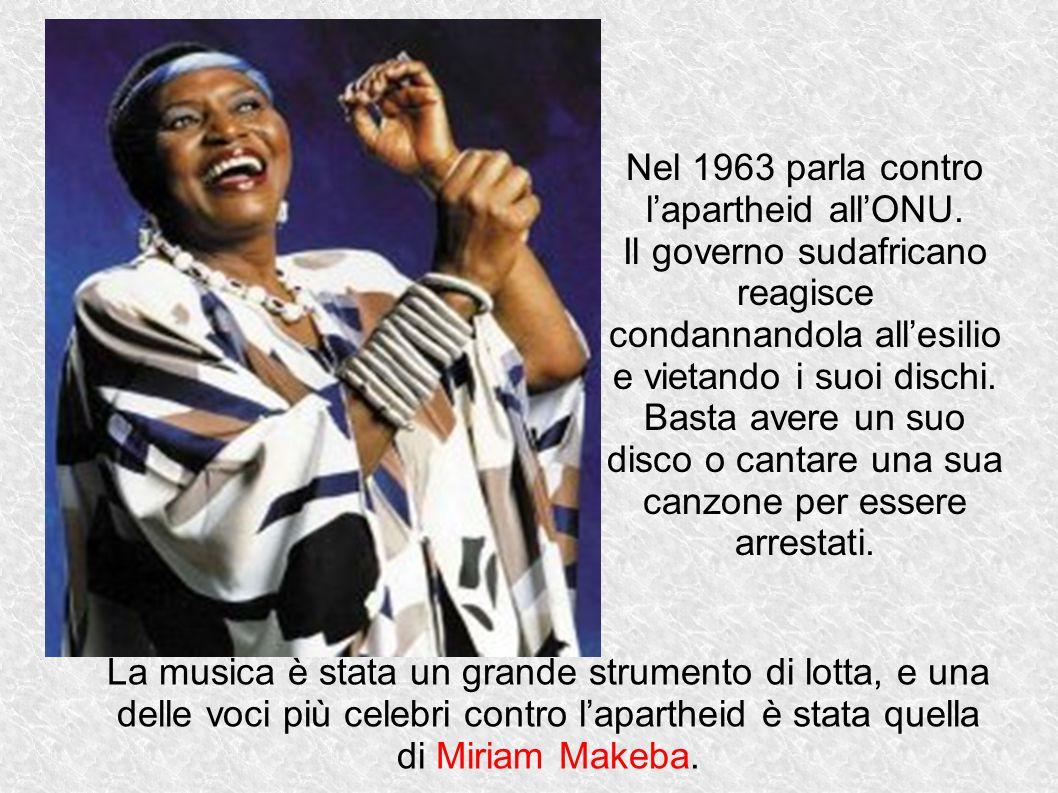 Nel 1963 parla contro l'apartheid all'ONU.