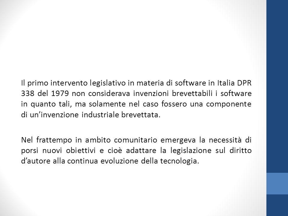 Il primo intervento legislativo in materia di software in Italia DPR 338 del 1979 non considerava invenzioni brevettabili i software in quanto tali, ma solamente nel caso fossero una componente di un'invenzione industriale brevettata.