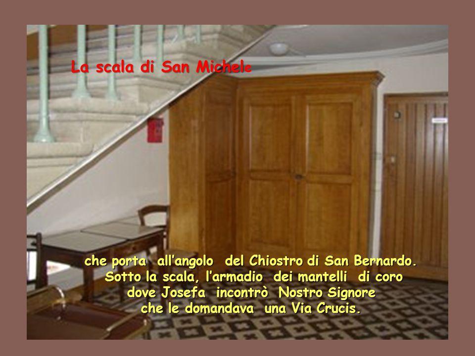 che porta all'angolo del Chiostro di San Bernardo.