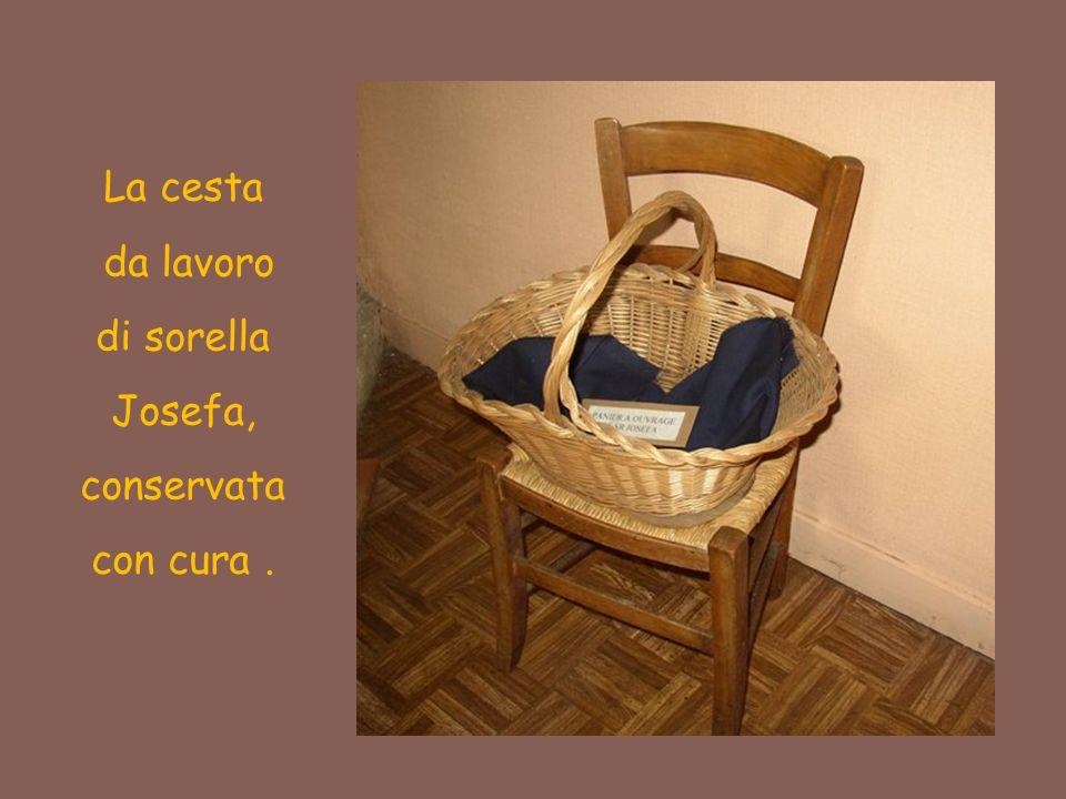 da lavoro di sorella Josefa, conservata con cura .