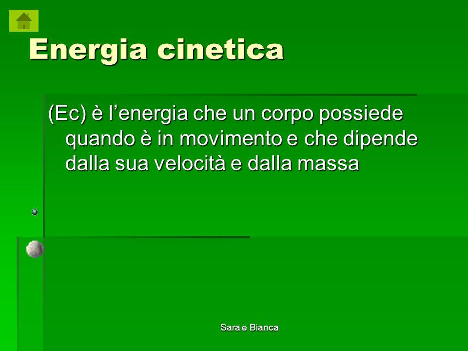 Energia cinetica (Ec) è l'energia che un corpo possiede quando è in movimento e che dipende dalla sua velocità e dalla massa.