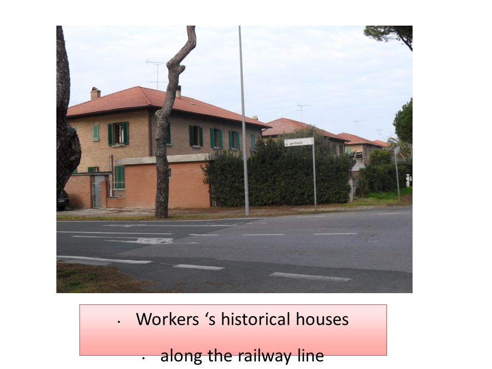 Workers 's historical houses