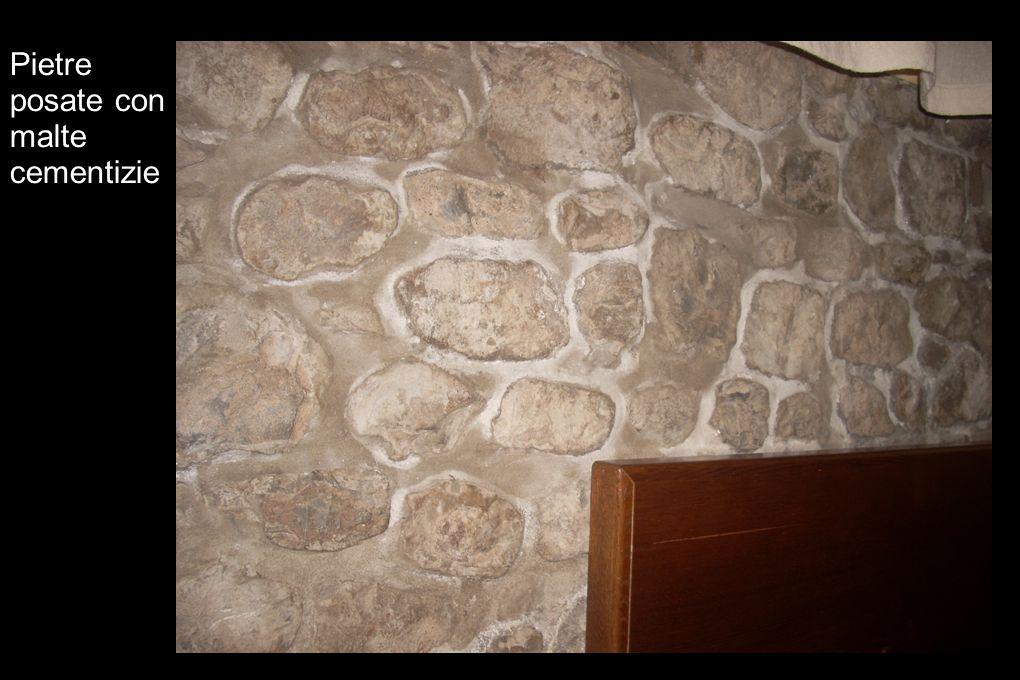 Pietre posate con malte cementizie