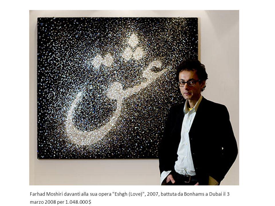 Farhad Moshiri davanti alla sua opera Eshgh (Love) , 2007, battuta da Bonhams a Dubai il 3 marzo 2008 per 1.048.000 $