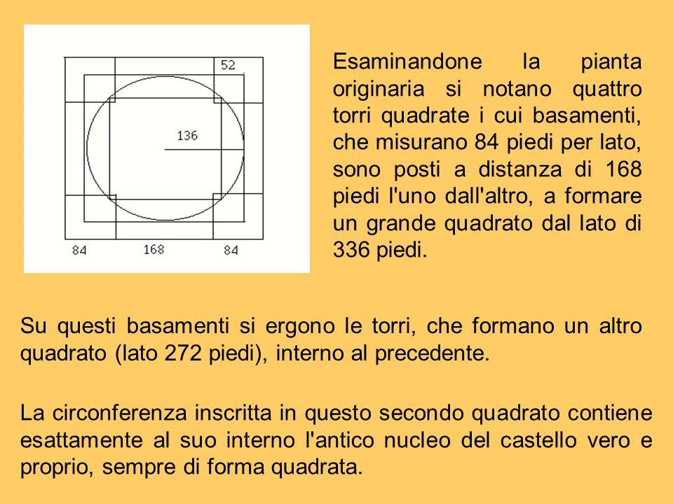 Esaminandone la pianta originaria si notano quattro torri quadrate i cui basamenti, che misurano 84 piedi per lato, sono posti a distanza di 168 piedi l uno dall altro, a formare un grande quadrato dal lato di 336 piedi.