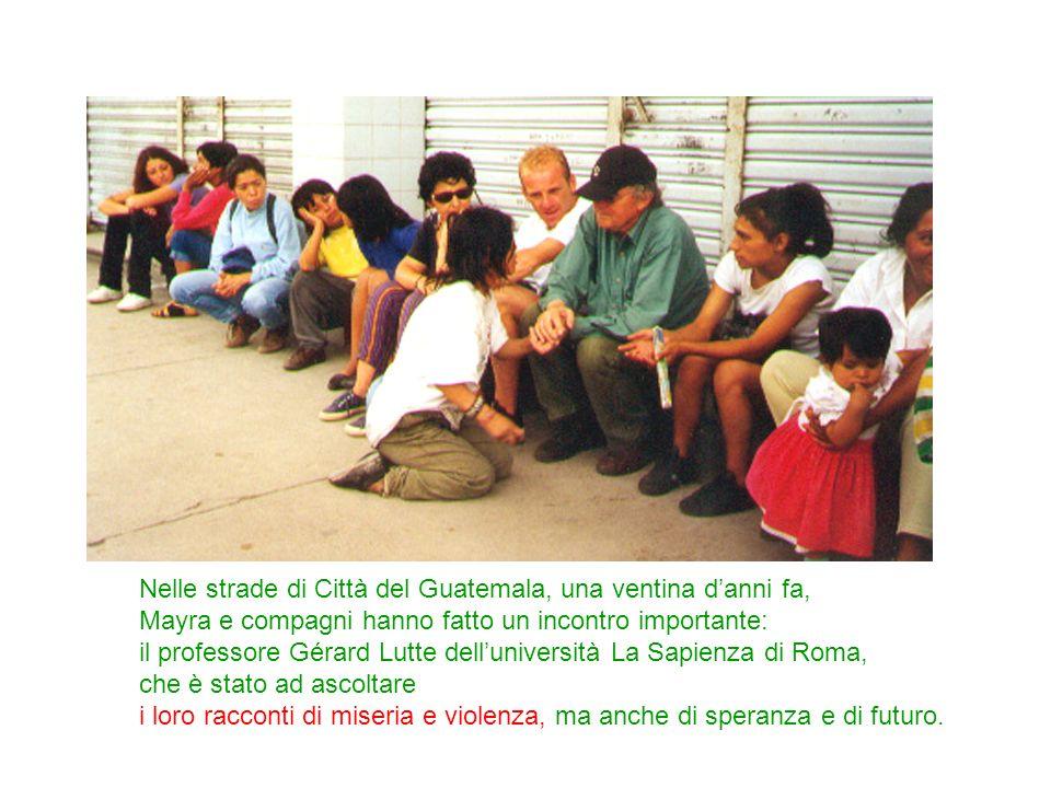 Nelle strade di Città del Guatemala, una ventina d'anni fa,