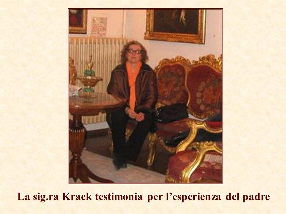 La sig.ra Krack testimonia per l'esperienza del padre