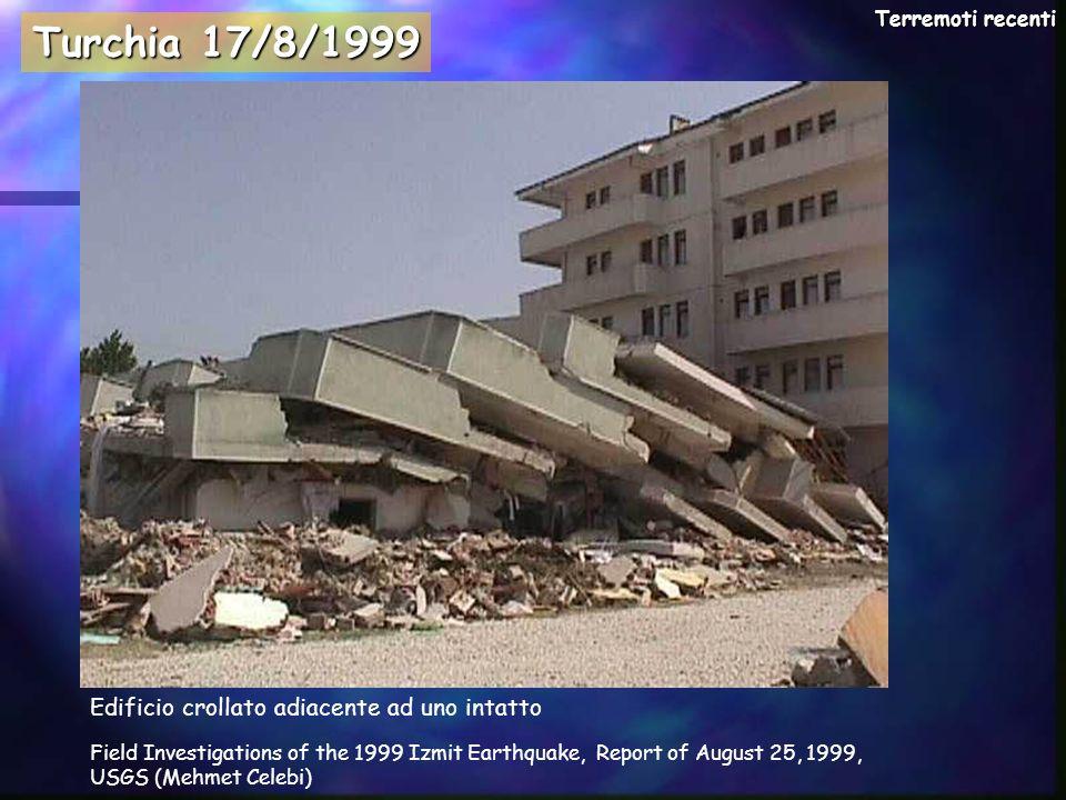 Turchia 17/8/1999 Edificio crollato adiacente ad uno intatto