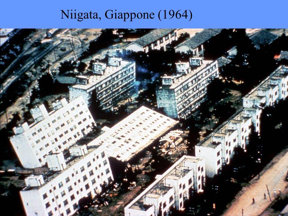Niigata, Giappone (1964)