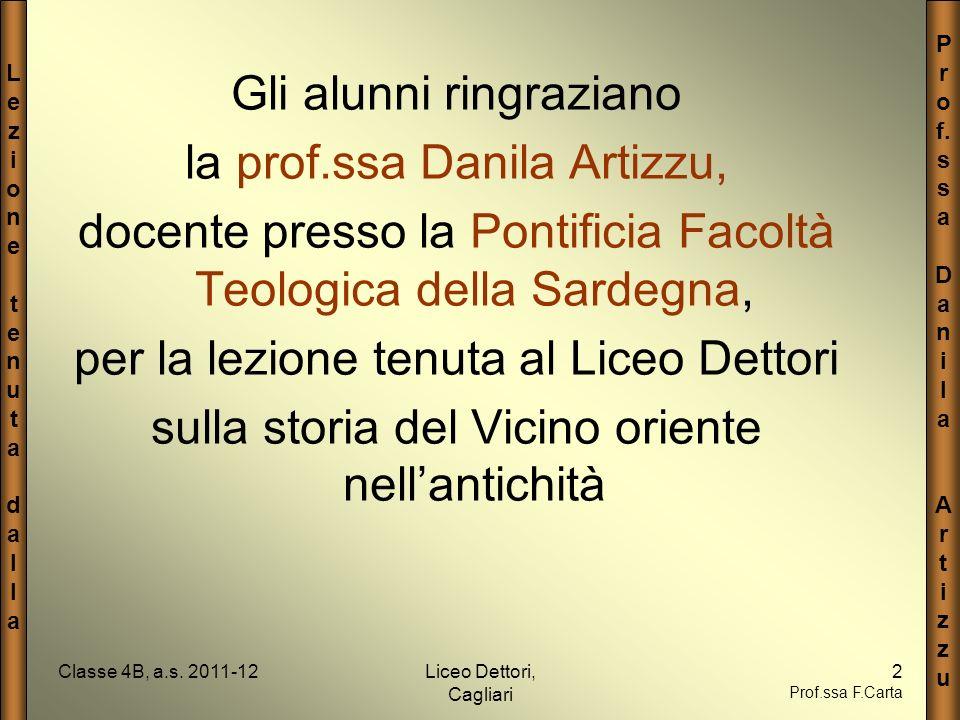Gli alunni ringraziano la prof.ssa Danila Artizzu,