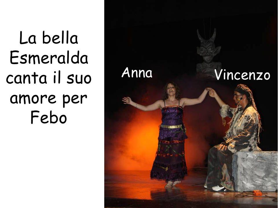 La bella Esmeralda canta il suo amore per Febo