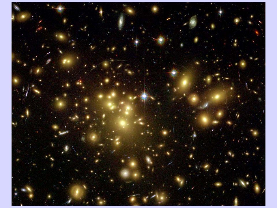 Questa foto mostra un esempio di un ammasso di galassie