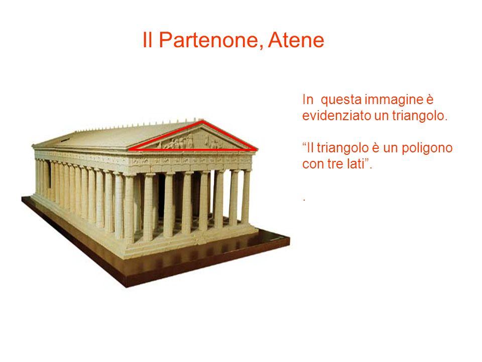 Il Partenone, Atene In questa immagine è evidenziato un triangolo.