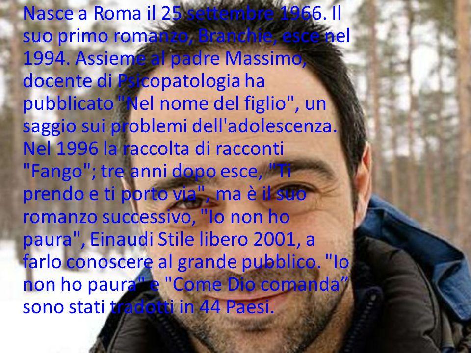 Nasce a Roma il 25 settembre 1966