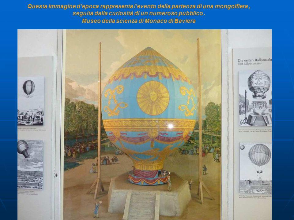 Questa immagine d'epoca rappresenta l'evento della partenza di una mongolfiera , seguita dalla curiosità di un numeroso pubblico .