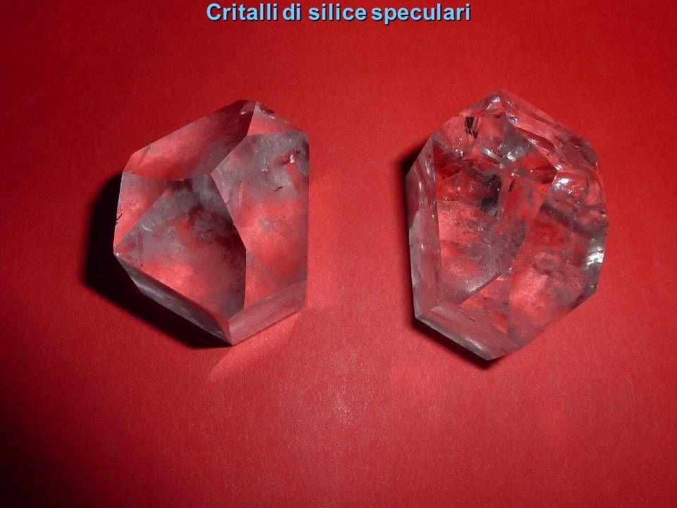 Critalli di silice speculari