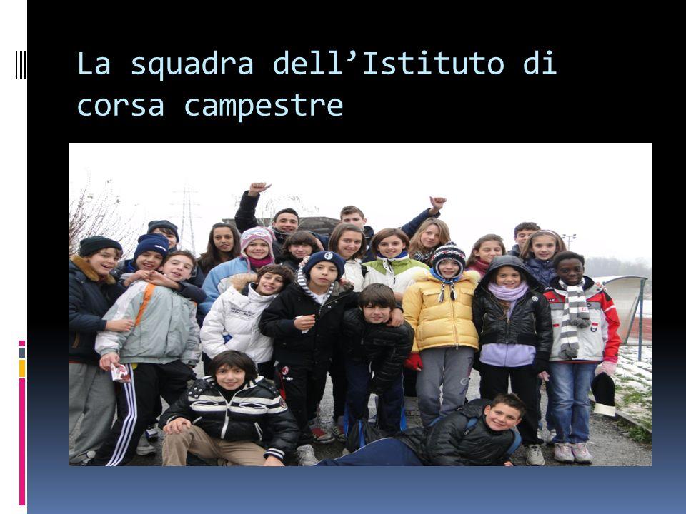 La squadra dell'Istituto di corsa campestre