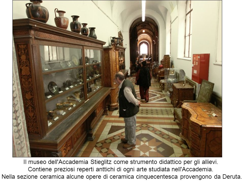 Il museo dell Accademia Stieglitz come strumento didattico per gli allievi.