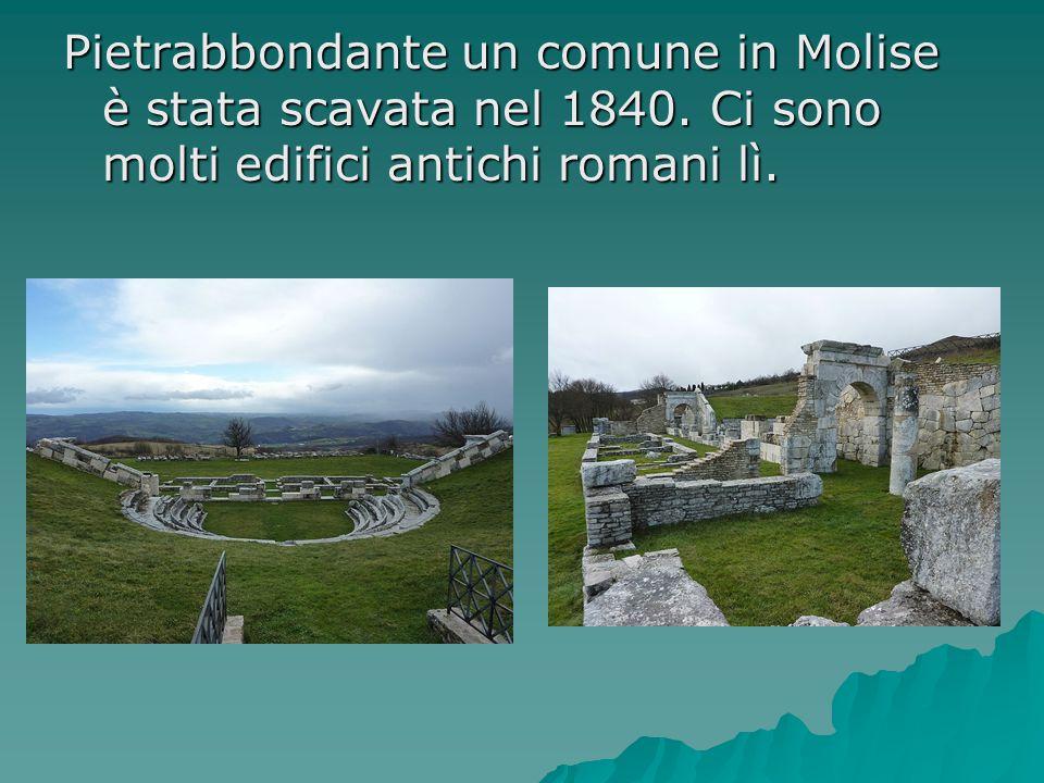 Pietrabbondante un comune in Molise è stata scavata nel 1840