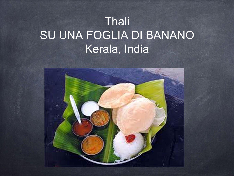Thali SU UNA FOGLIA DI BANANO Kerala, India