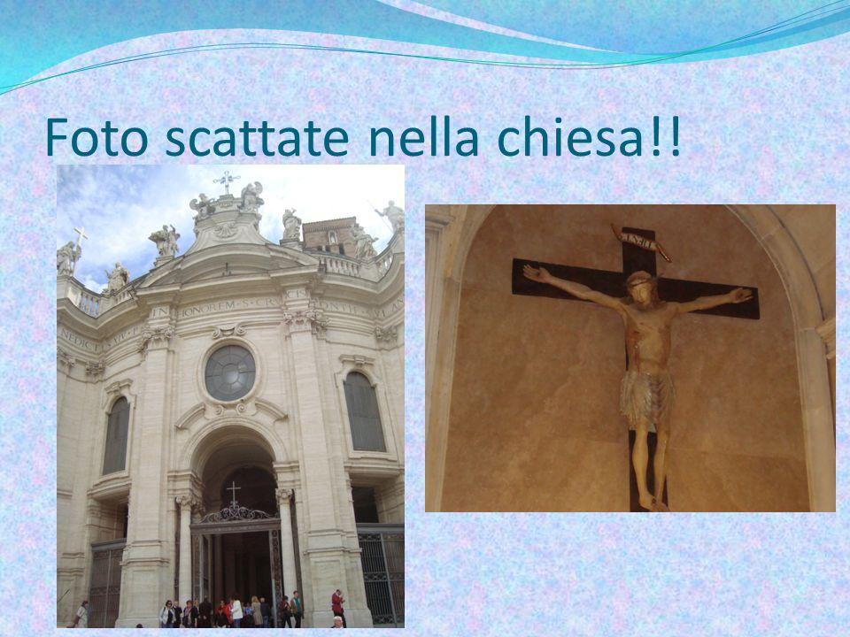 Foto scattate nella chiesa!!