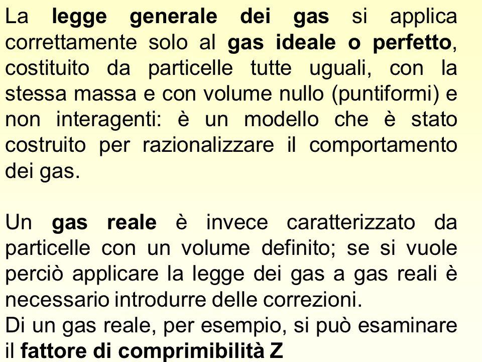 La legge generale dei gas si applica correttamente solo al gas ideale o perfetto, costituito da particelle tutte uguali, con la stessa massa e con volume nullo (puntiformi) e non interagenti: è un modello che è stato costruito per razionalizzare il comportamento dei gas.