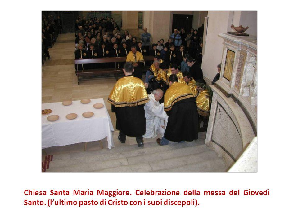 Chiesa Santa Maria Maggiore. Celebrazione della messa del Giovedì Santo.