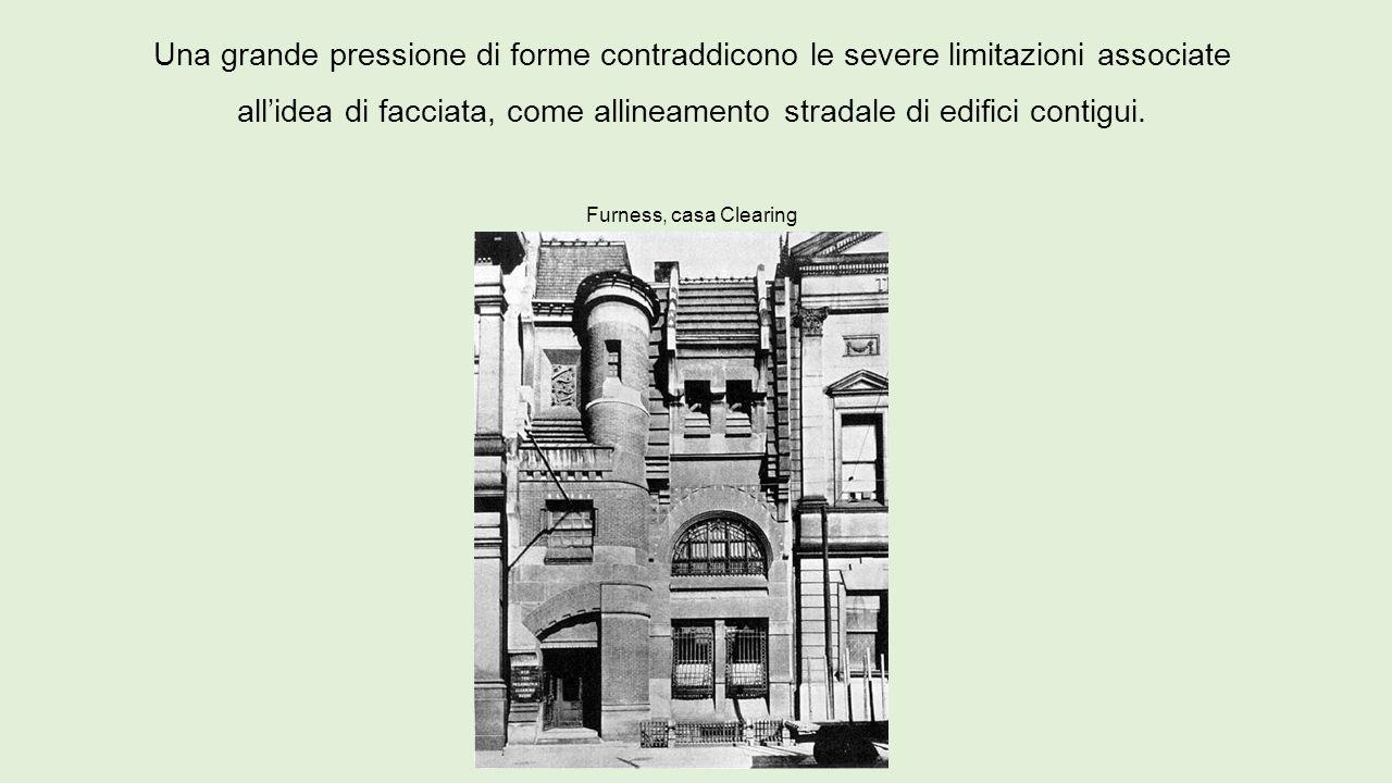 Una grande pressione di forme contraddicono le severe limitazioni associate all'idea di facciata, come allineamento stradale di edifici contigui.