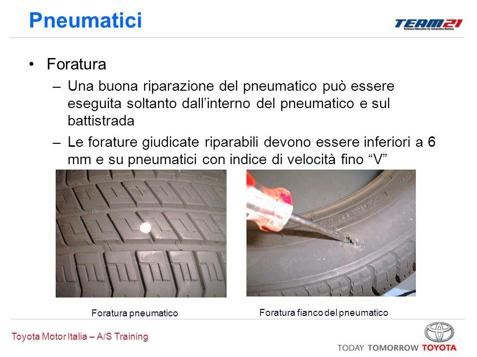 Pneumatici Foratura. Una buona riparazione del pneumatico può essere eseguita soltanto dall'interno del pneumatico e sul battistrada.