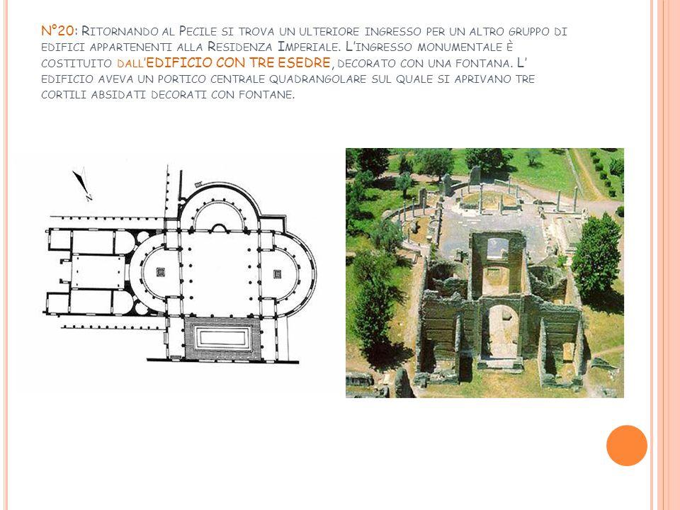 N°20: Ritornando al Pecile si trova un ulteriore ingresso per un altro gruppo di edifici appartenenti alla Residenza Imperiale.