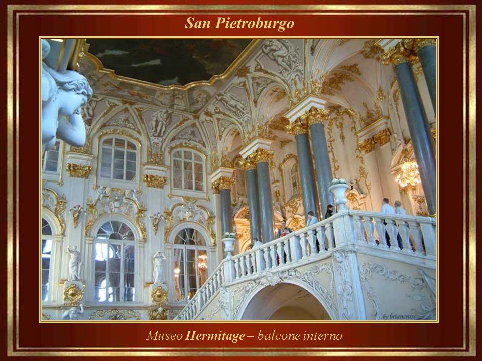 San Pietroburgo Museo Hermitage – balcone interno