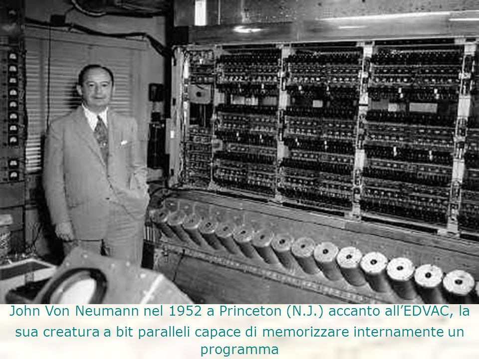 John Von Neumann nel 1952 a Princeton (N. J