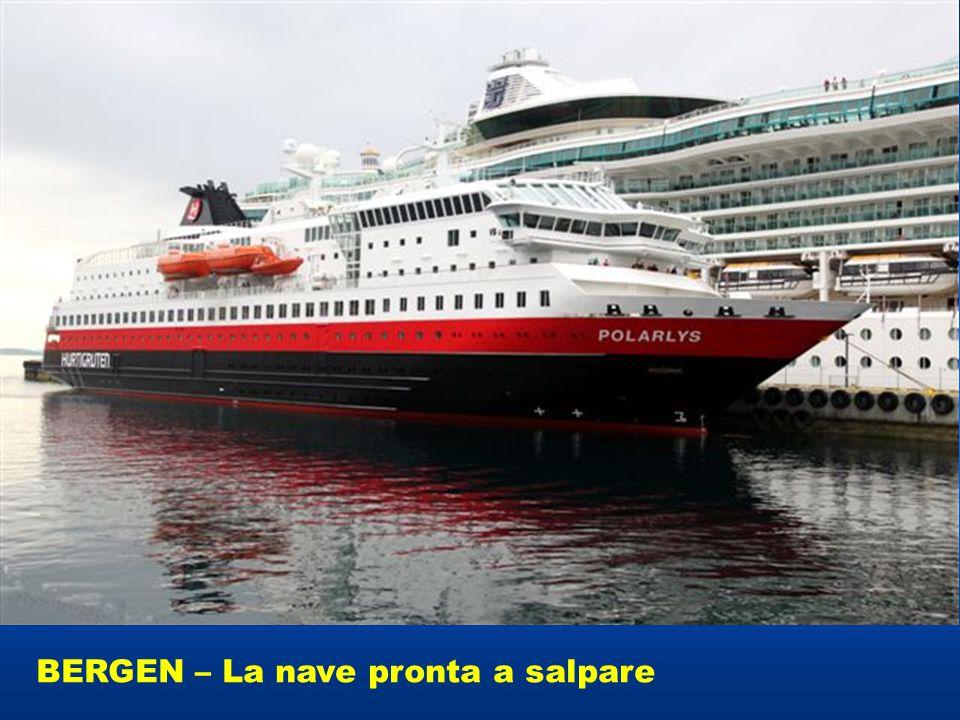 BERGEN – La nave pronta a salpare
