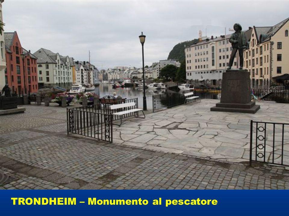 TRONDHEIM – Monumento al pescatore
