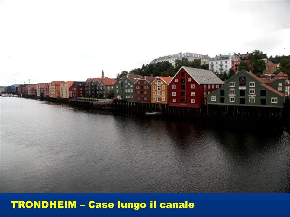 TRONDHEIM – Case lungo il canale