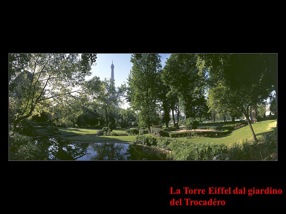 La Torre Eiffel dal giardino del Trocadéro