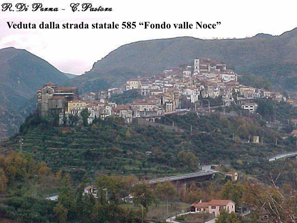 Veduta dalla strada statale 585 Fondo valle Noce